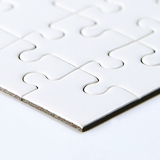 Blank 10x8 White Puzzle 100 Pieces View Close Up